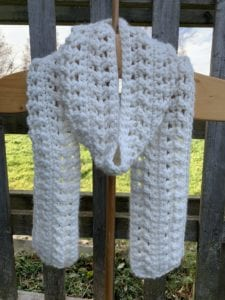 Free Crochet Pattern – Chris Cross Snuggle Scarf with Tutorials on Crocheting Crossed Double Crochet Stitches